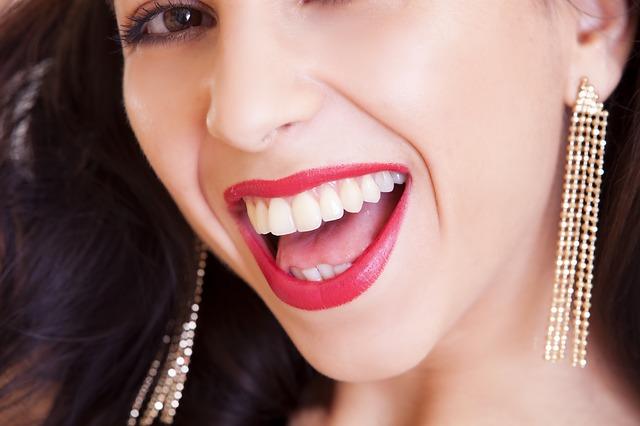 problema denti gravidanza vitamine