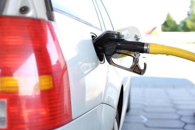 prezzo del carburante previsioni