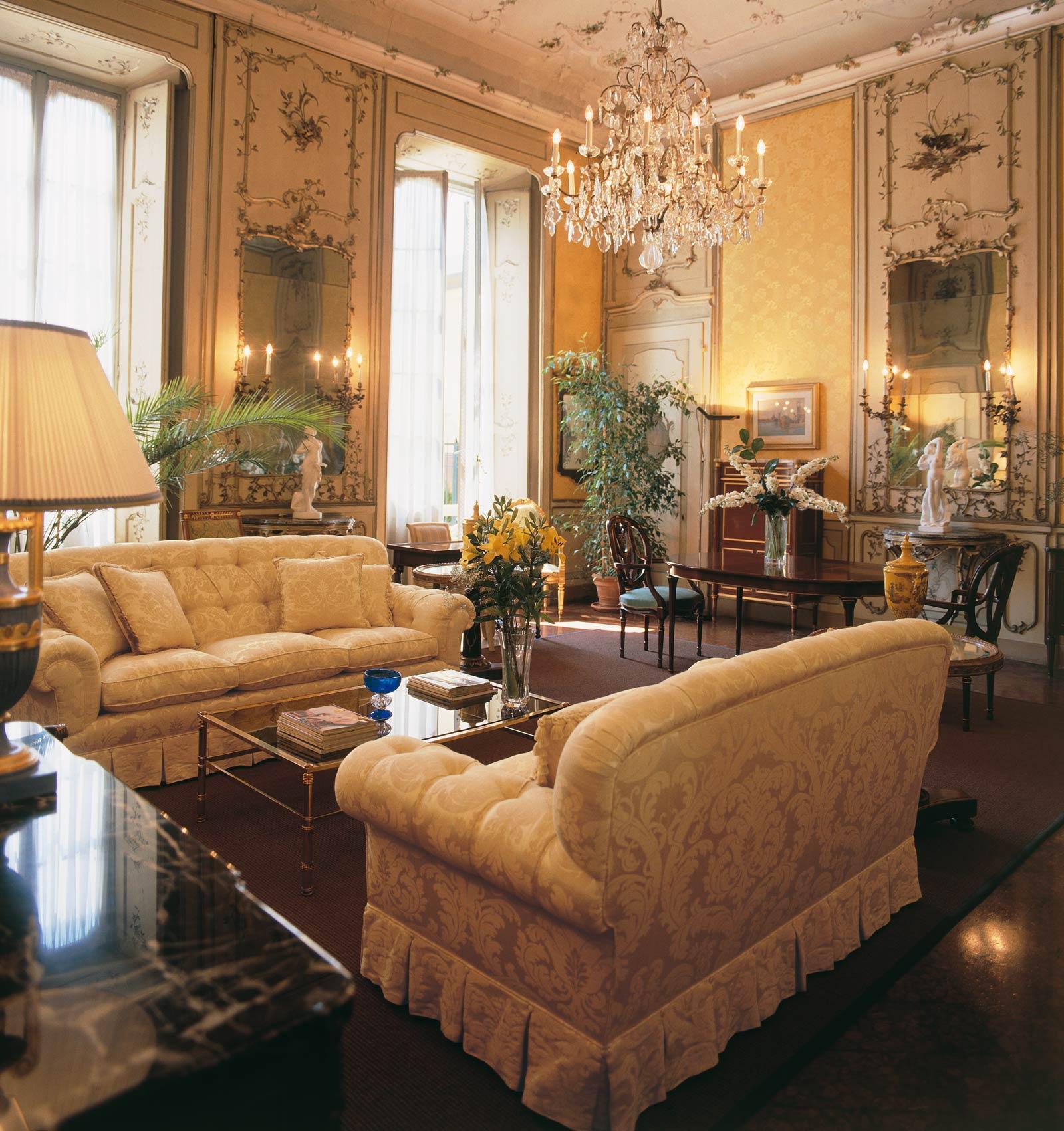 Salotto classico mammarisparmio blog di una mamma che for Arredi per alberghi e hotel